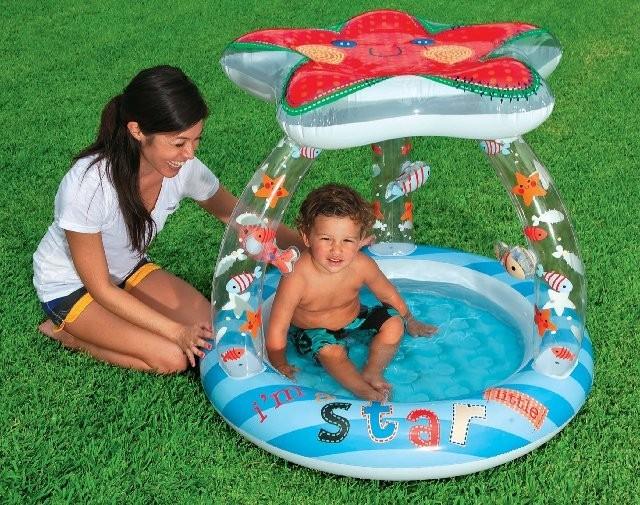 Piscina inflável Estrela do Mar com cobertura Intex