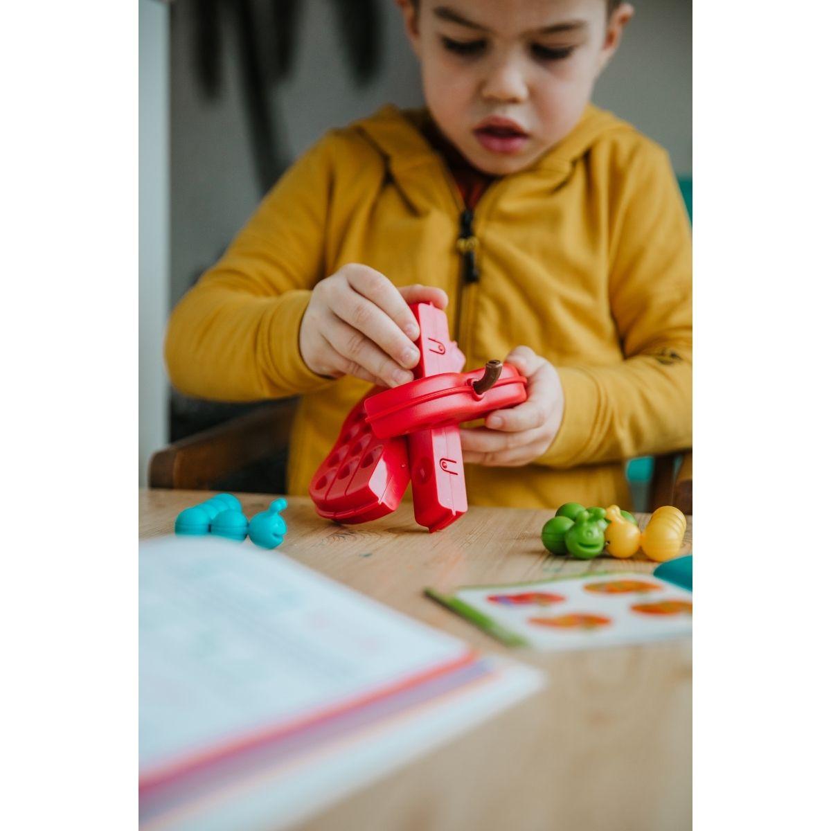 Brinquedo Educativo  Lúdico Apple Twist