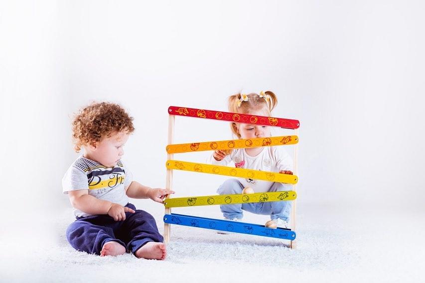 Brinquedo Educativo - Rola Bolinha