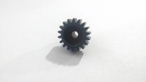 8131-9M2 - 347184 Pinion Gear 18t - 1/10