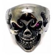 Anel Caveira Negra Cranio Olhos De Rubi Natural Prata 13999