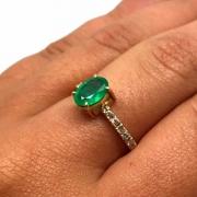 Anel Esmeralda Oval 1,10Cts Diamantes Ouro 18K K790 23115 K790
