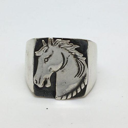 Anel Cavalo Masculino Cowboy Prata De Lei Maciço E Forrado Envelhecido 21518