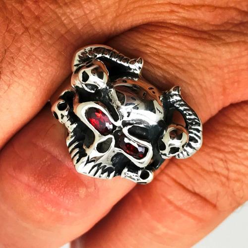 Anel Caveira Skull com Chifres e Olhos Rubi 22675