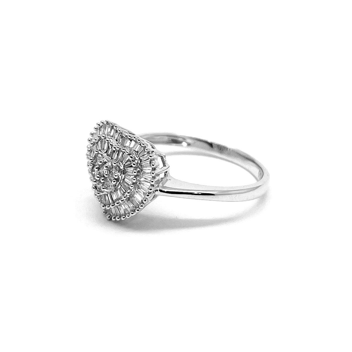 Anel Feminino de Diamante 40 Pts Coração Pizza Ouro Branco 18K 25500 K850