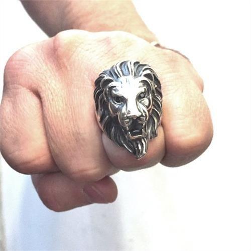 Anel Leão Rei Prata Especial Gigante Olhos Negros 20934
