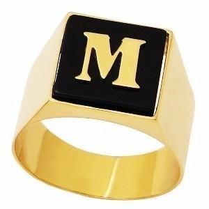 Anel Masculino Com Letra Em Ônix Em Ouro 18K