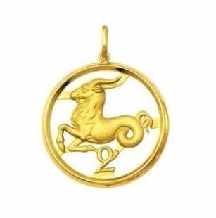 Pingente Zodíaco Capricórnio Ouro 18K Grande K400