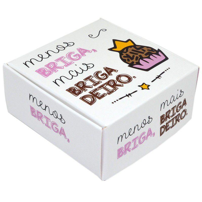 Caixa para 4 doces - Menos Briga Mais Brigadeiro C/10 UN
