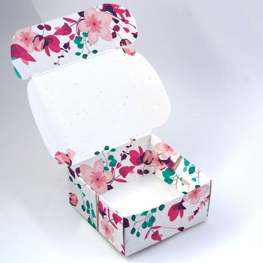 Caixa para 4 doces Presente Floral c/ 120 un