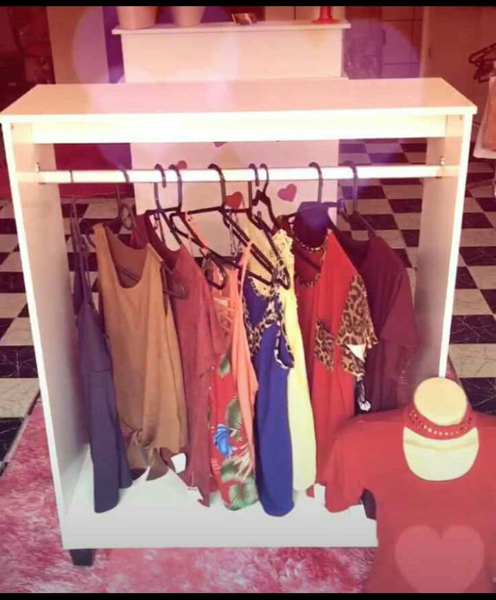 Expositores Loja de Roupa Magia Móveis 8 peças