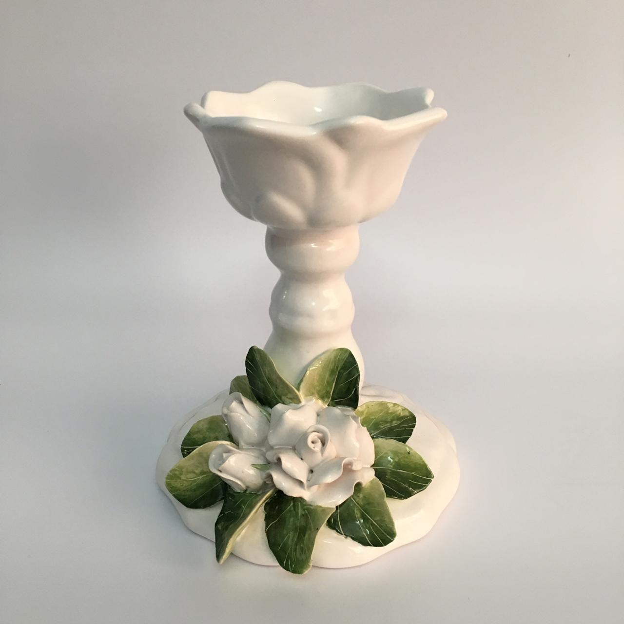 Castical de rosas brancas P  (20x16)