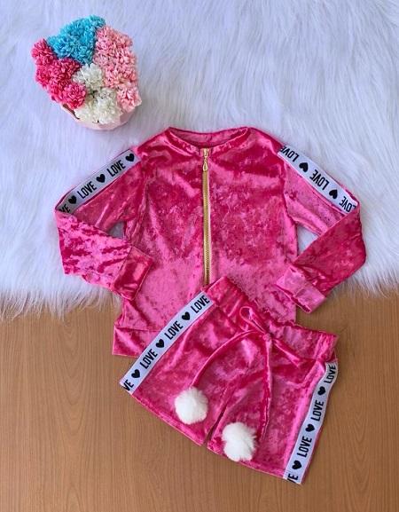 Conjunto veludo pink short com bomber