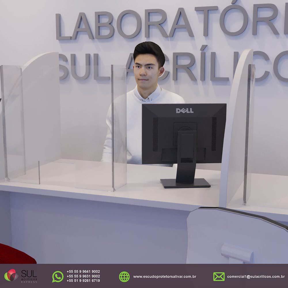 Barreira de Proteção em Acrílico p/ Mesa de Laboratórios - Kit c/ 10