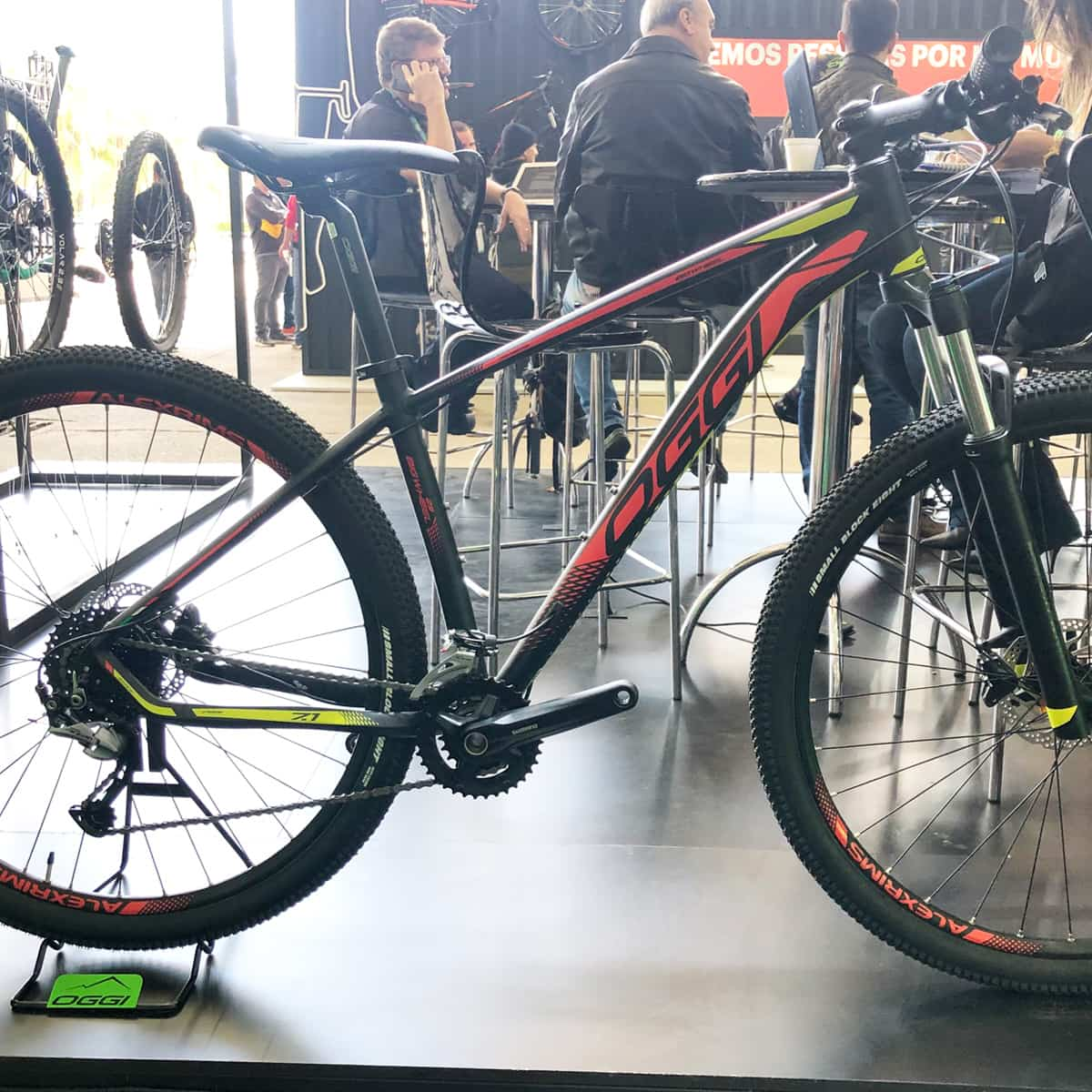 Bicicleta Oggi 7.1 2020 Big Wheel 18v Shimano Acera