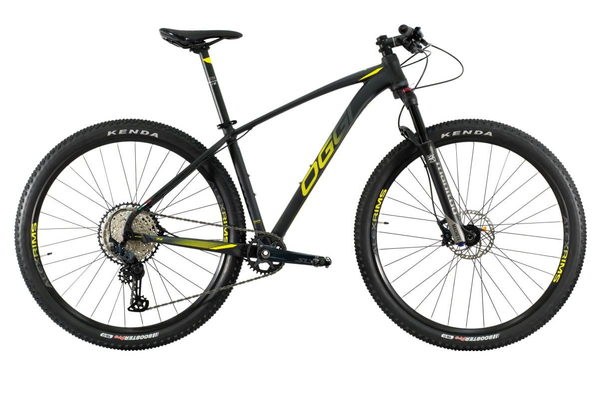 Bike Oggi 7.4 2021 Big Wheel Shimano SLX 12V 10-51 Original Preto e Amarelo