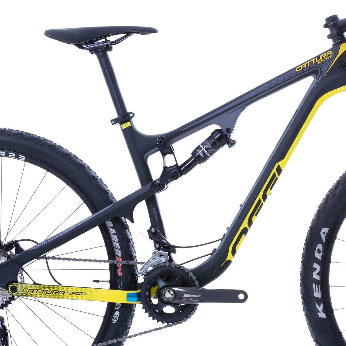 Bike Oggi Cattura Sport Carbono 2019 Shimano Deore