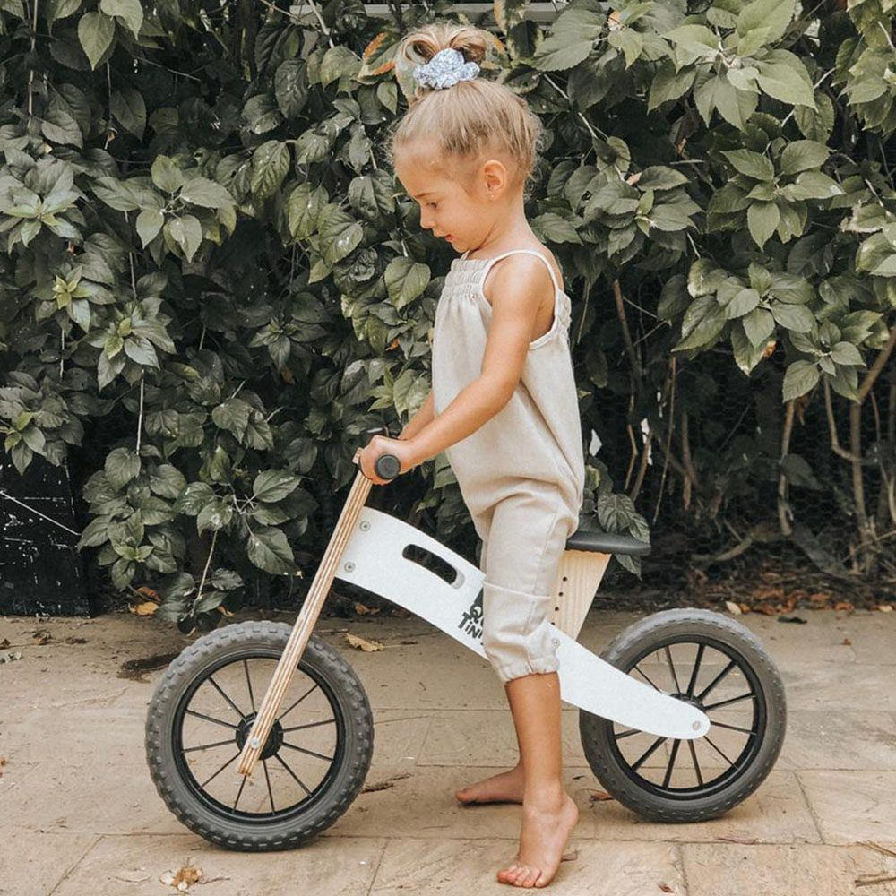 Bicicleta de Equilíbrio Biciquetinha Neve Preta