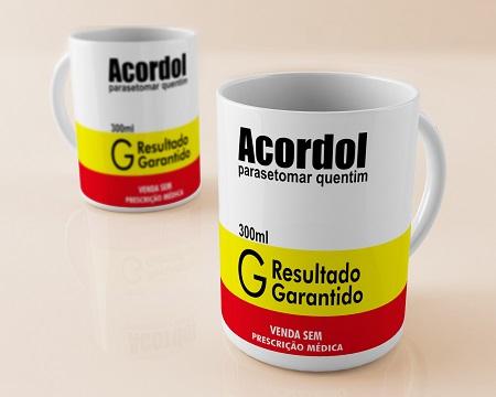 Caneca Porcelana Personalizada  Acordou -325ml