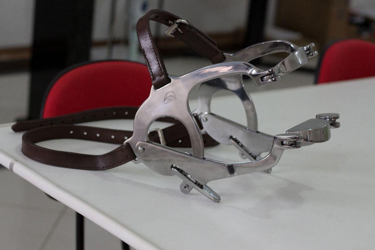 Abridor de boca para Equinos - Modelo Capps
