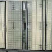 Adesivo Decorativo Jateado Quadriculado P/ Vidro, Box, Janela e Portas - 50 x 122 cm