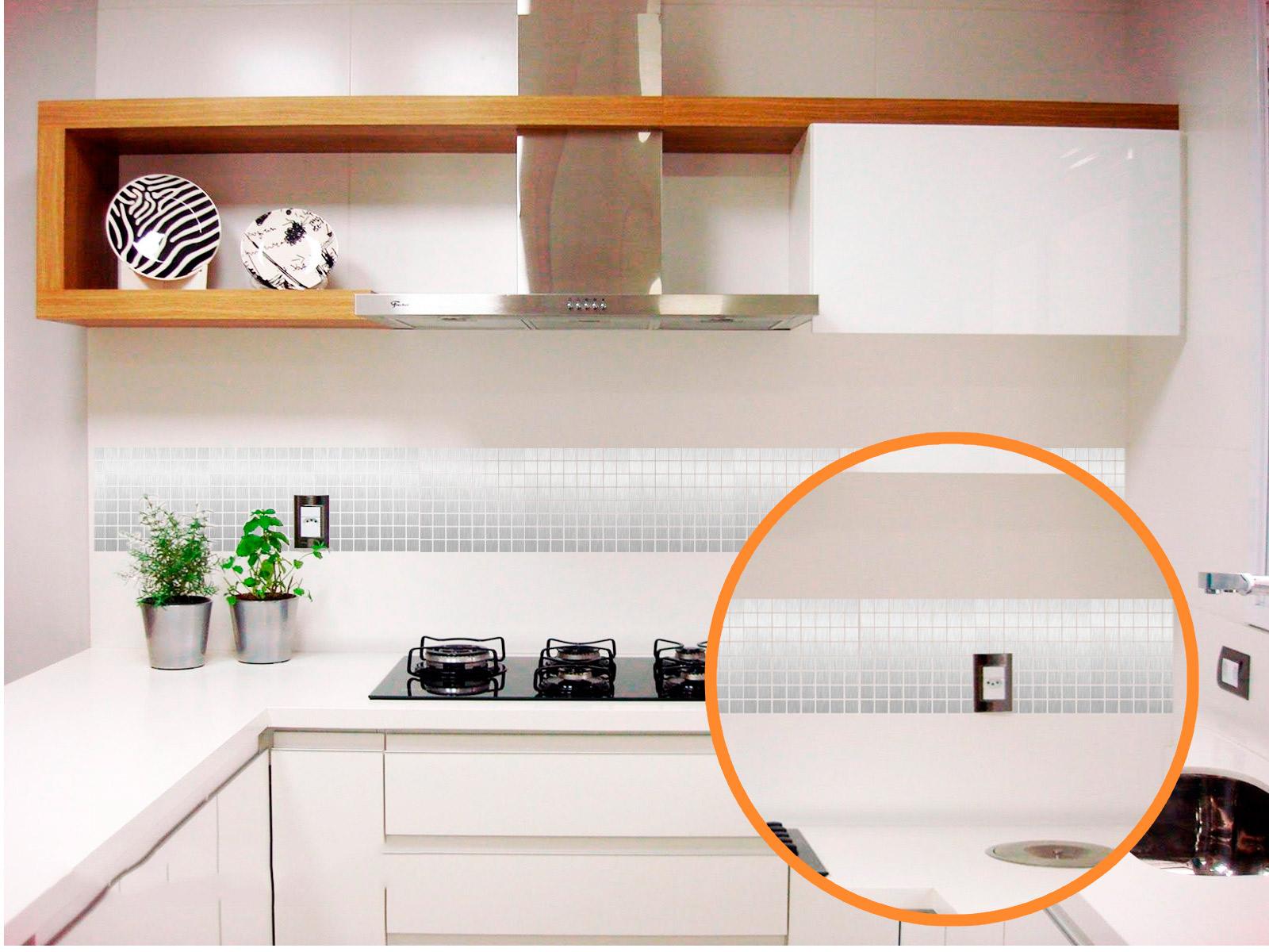 Adesivo Pastilha Aço Escovado Banheiro Cozinha Azulejo 10pcs 23 x 23 cm