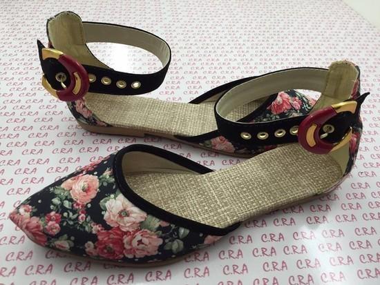 Salomé Floral com Fivela | PRONTA ENTREGA ♡ ♡