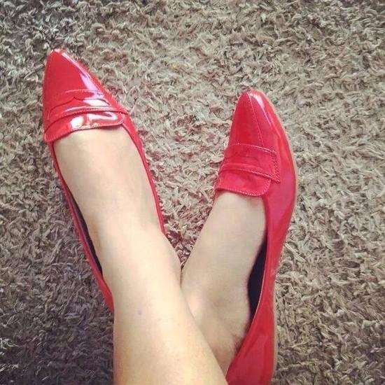 Sapatilha Vermelha Verniz com Bico Fino | PRONTA ENTREGA ♡ ♡