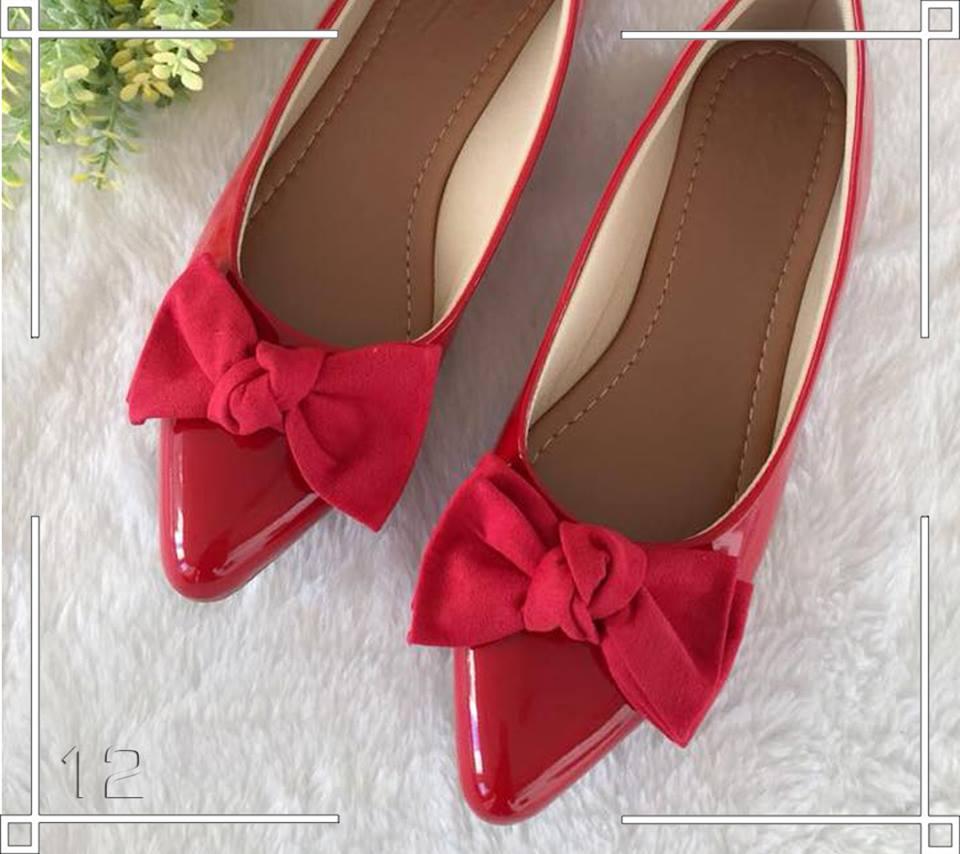 Sapatilha Verniz Vermelha Bico Fino  e Laço  ♡ ♡