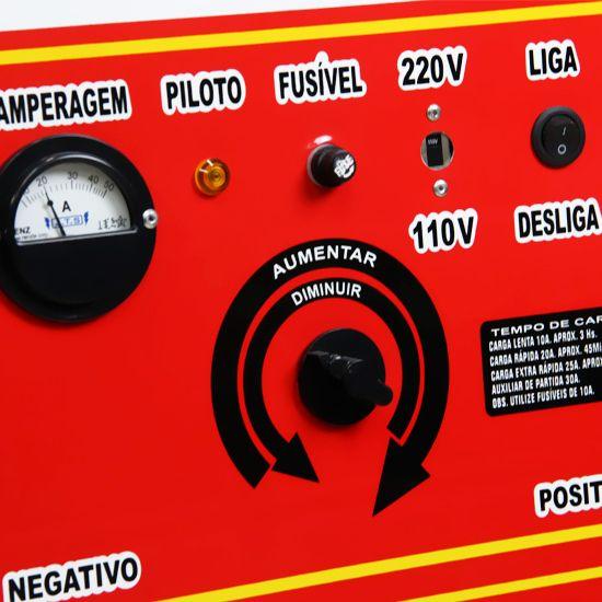 Carregador de Baterias com Auxiliar de Partida 50A 6/12V