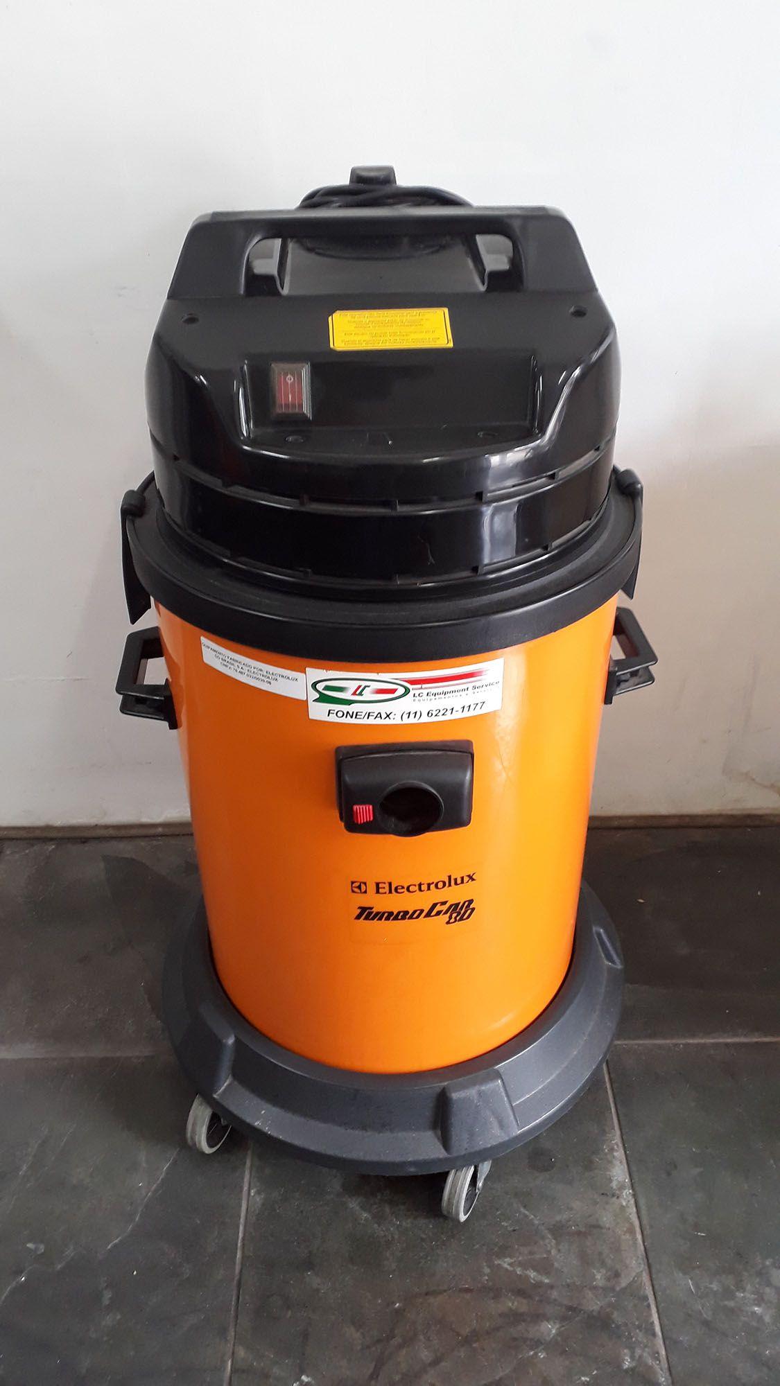 Aspirador Profissional TurboCar 80 Água e Pó 220V