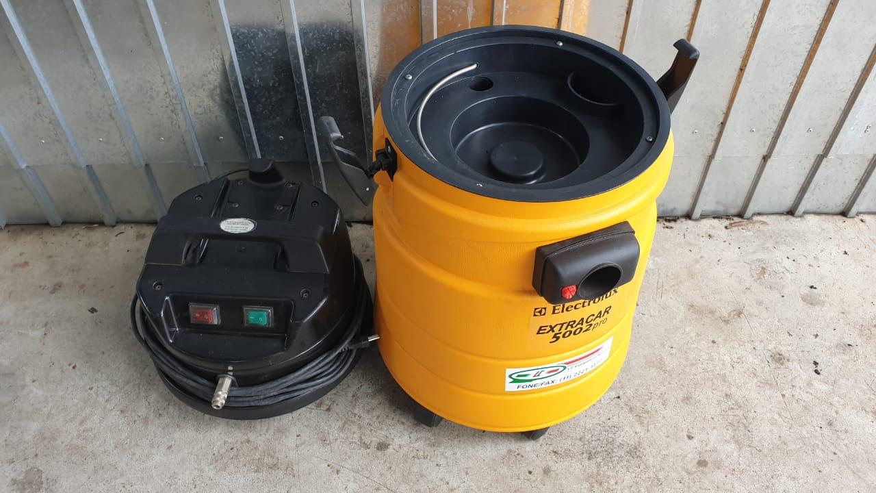 Lavadora e Extratora de Estofados ExtraCar 5002 220v - Electrolux