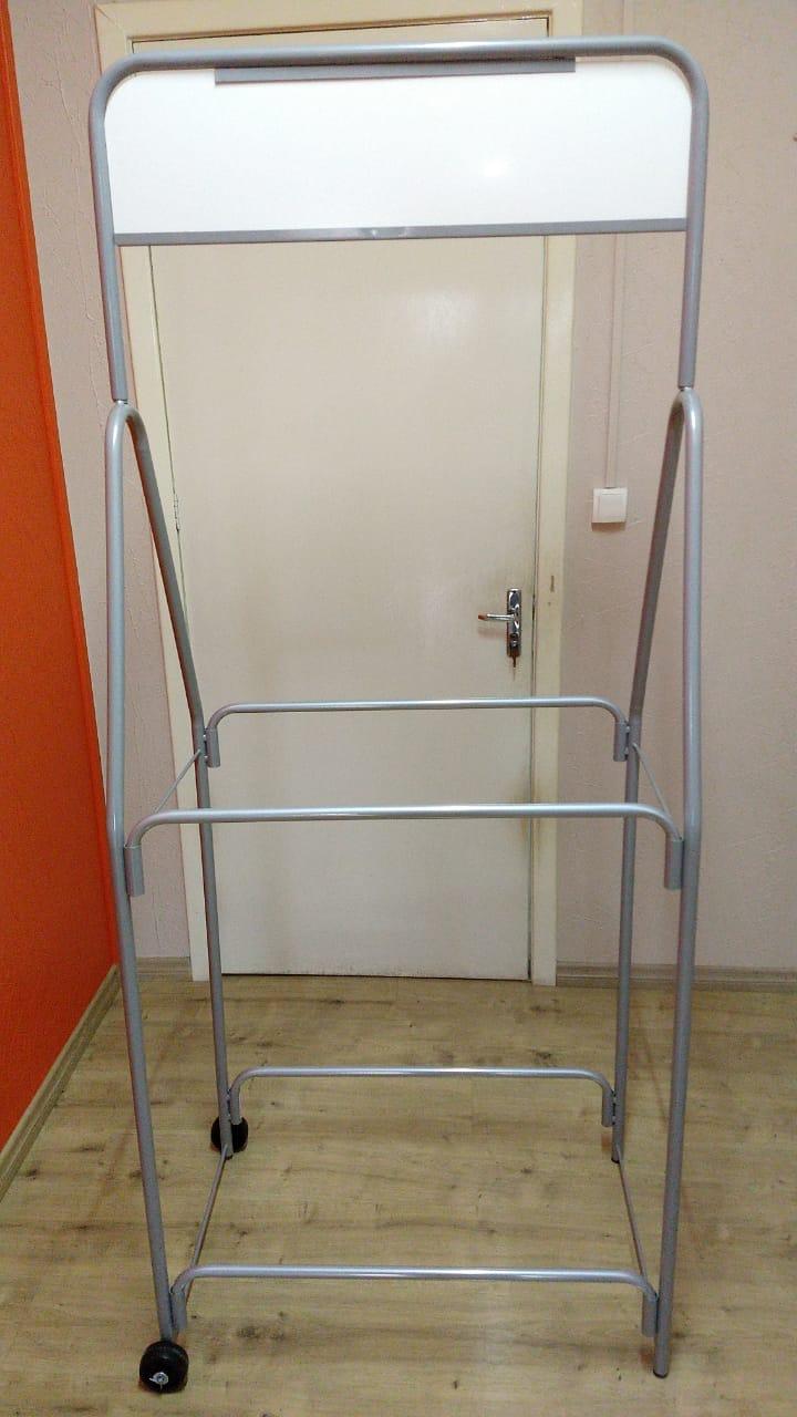 Expositor de Pneus 2 andares Fabricado em tubo de aço desmontável - Modelo 03 - Maki