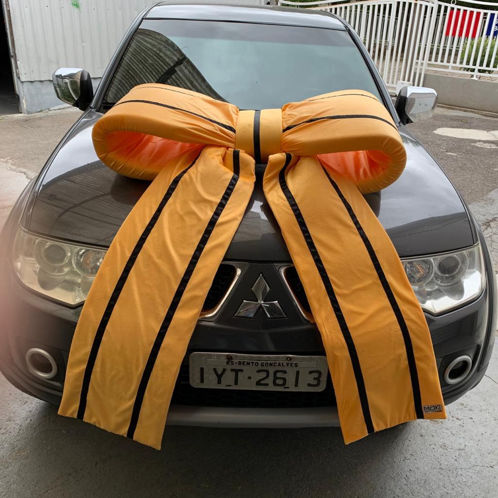 Laço Grande com Lapelas 1 metro Para Embelezar Carros - Maki