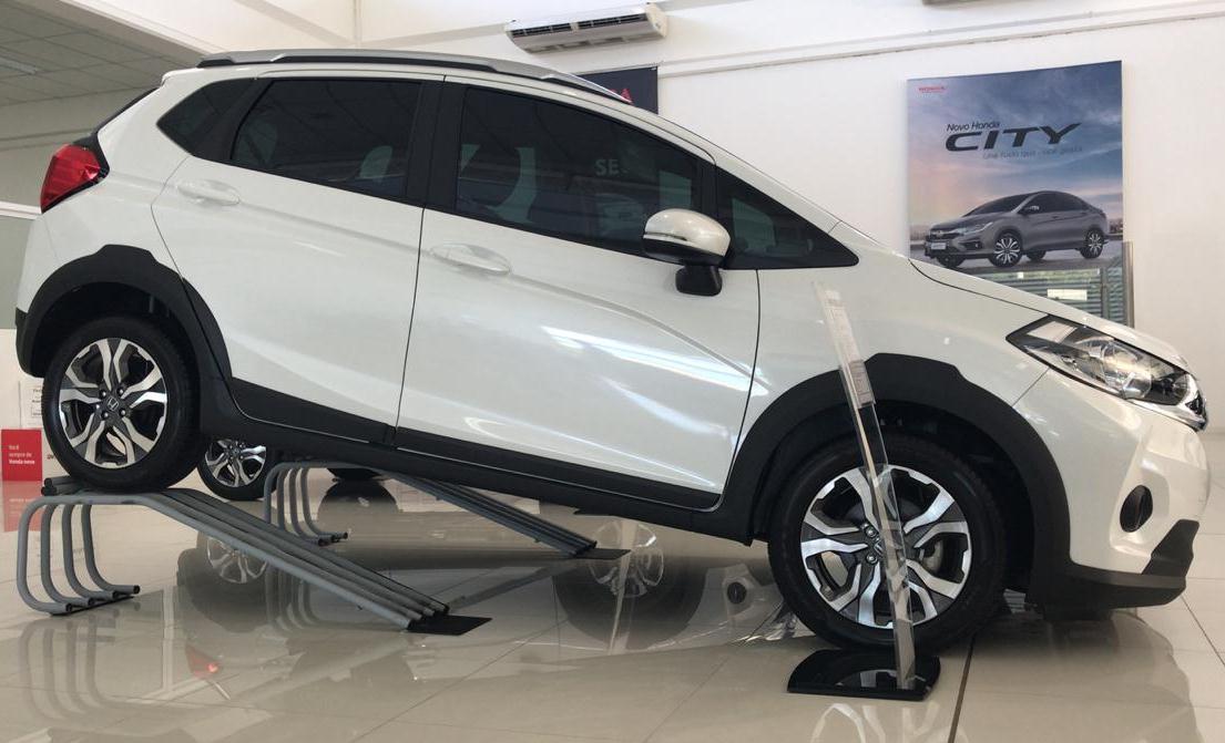 Rampa Expositora Para Carros 40cm de Elevação Capacidade 4.000Kg (Par) Maki - Ref. 01