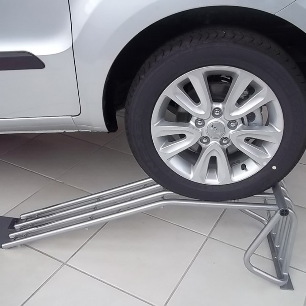 Rampa Expositora Para Carros 33cm de Elevação Capacidade 3.000Kg (Par) Maki - Ref. 12