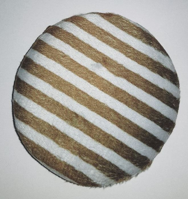 Esponja para maquiagem de veludo verde listrado- Santa Clara