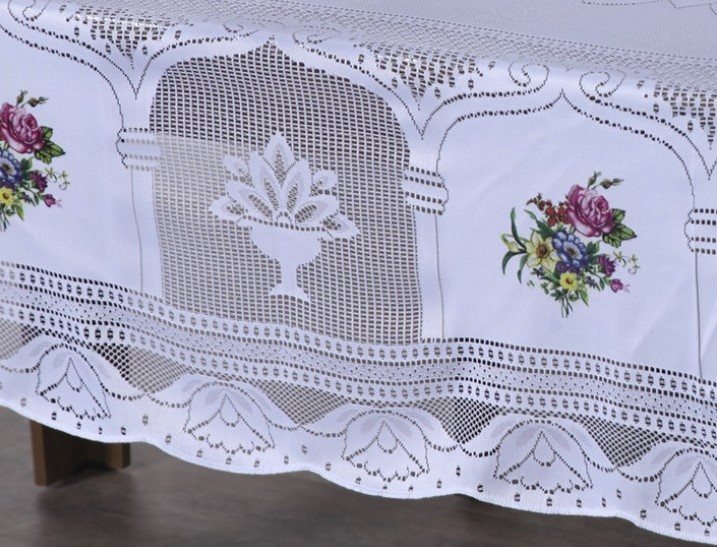Toalha de Mesa Renda com Transfer 2.70m x 1,60m Suzi - Branco