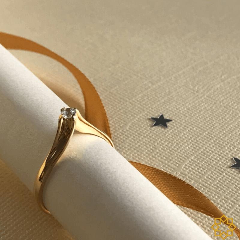 Anel de noivado solitário Com Zirconia Manuela banhado em ouro 18k
