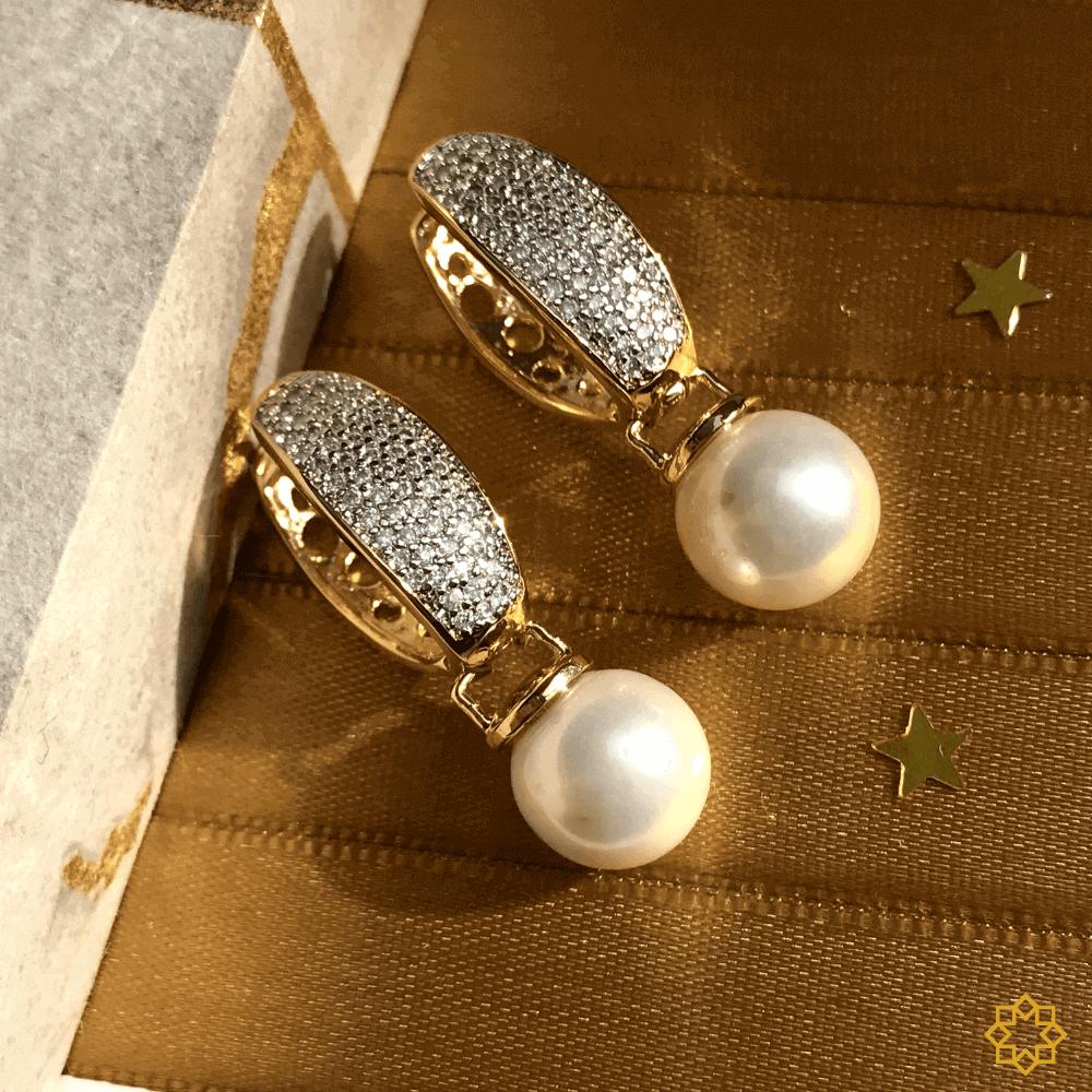 Brinco De Argola Com Pérola E Zirconias  Ana Luiza banhado em ouro 18k