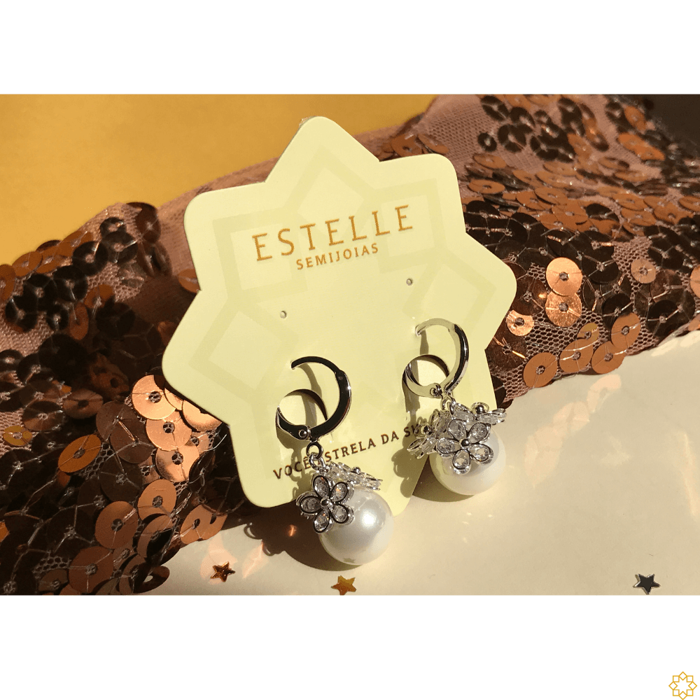 Brinco de Argola com Pingente de Perola e Flores de cristais banhada em ródio