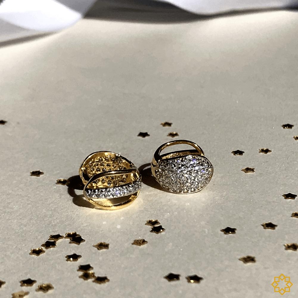 Brinco De Argola Dupla Face Com Zirconias - 2 em 1 banhado em ouro 18k