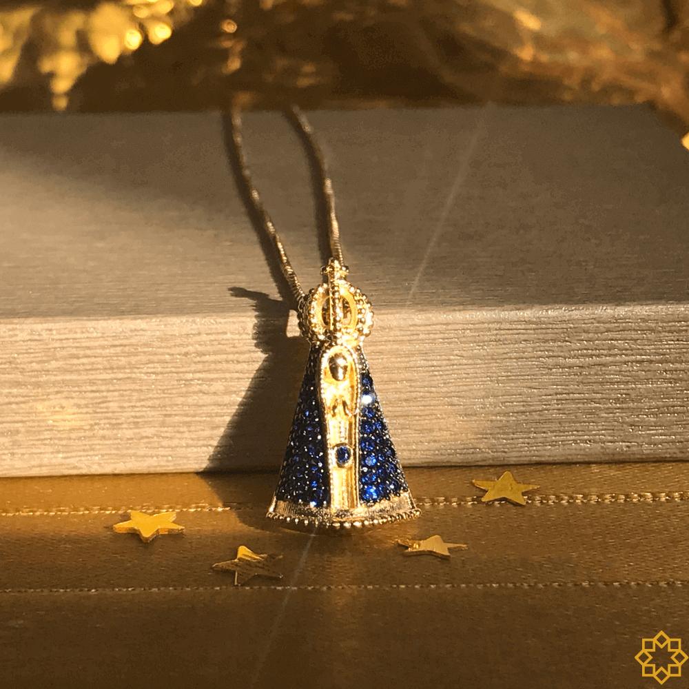 Colar Nossa Senhora Aparecida Com Zirconias Azuis banhado em ouro 18k