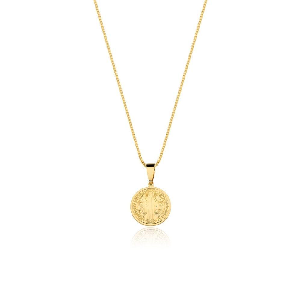 Colar de São Bento banhado banhado em ouro 18k - 1,5 cm - pequeno