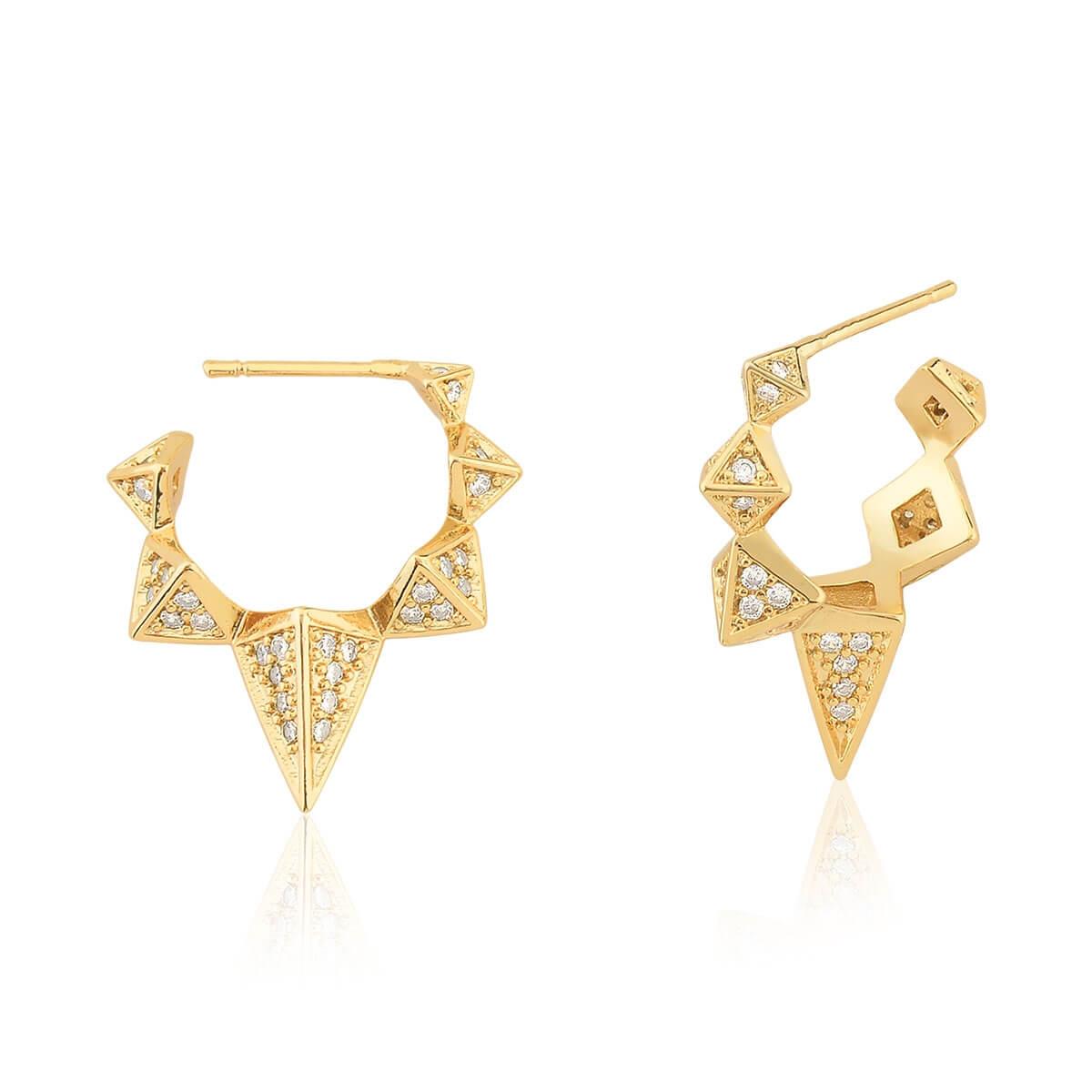 Meia Argola com triângulos com zircônias cravejadas banhada em ouro