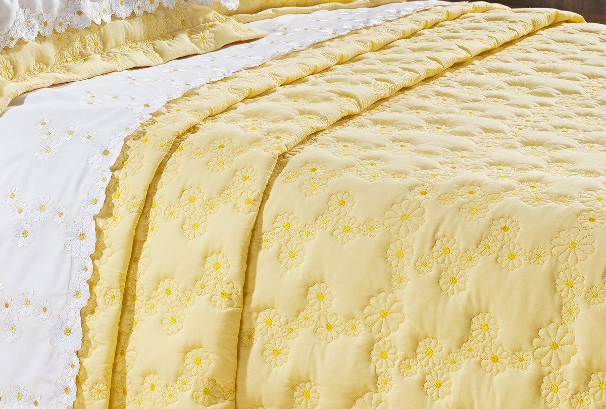 Cobre Leito Bordado Queen Size Amarelo 3 Peças Nuance