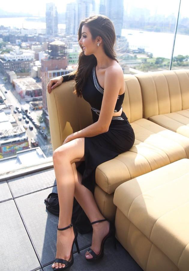 Vestido Liv Bordado Preto