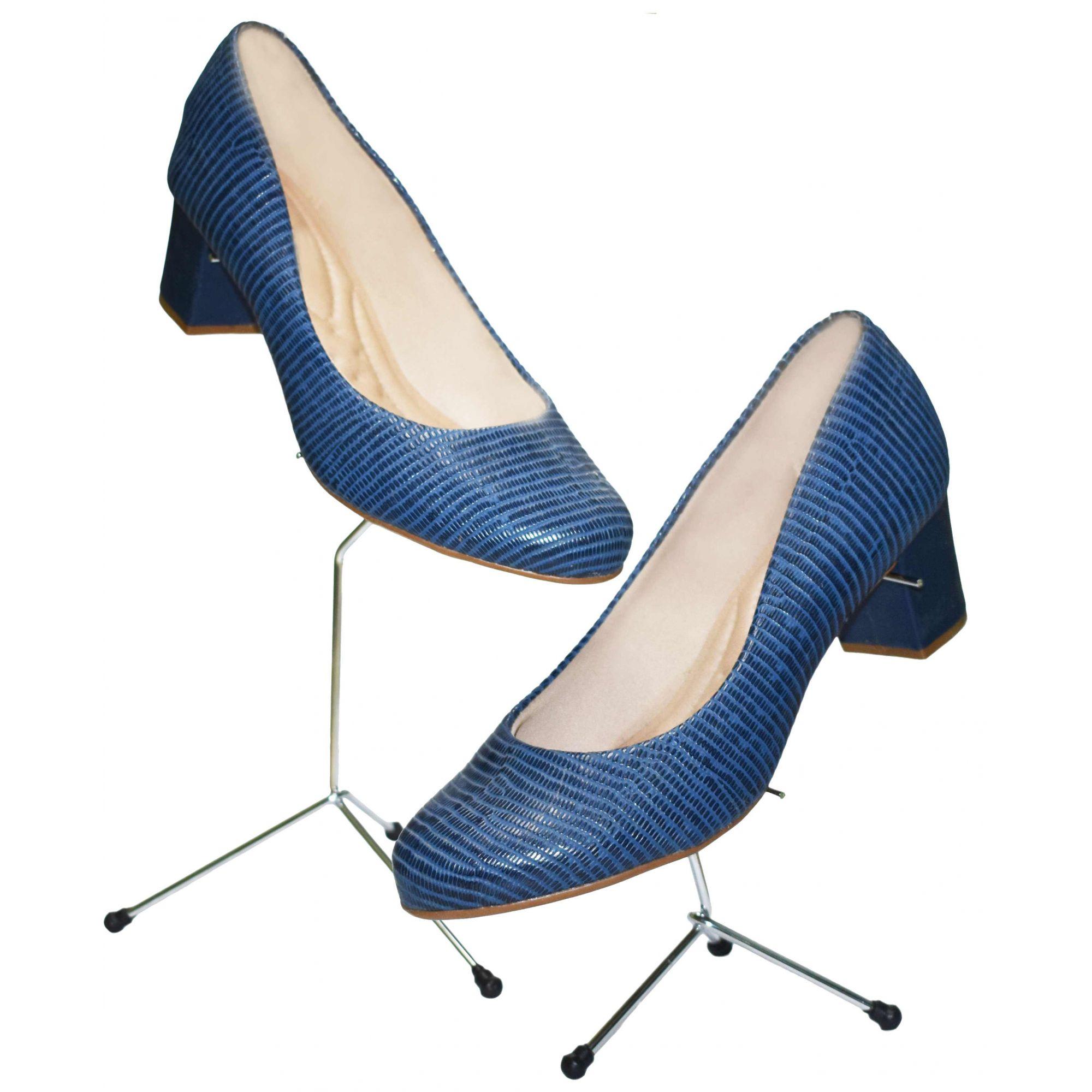 Expositor Pé de Galinha p/ Calçados 15cm Cromado