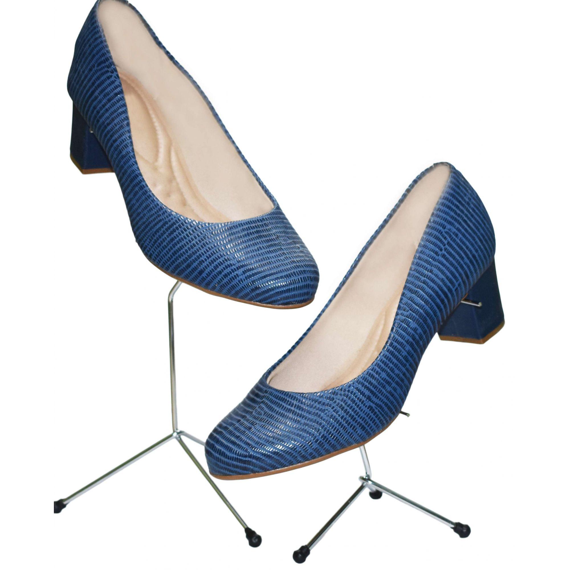 Expositor Pé de Galinha p/ Calçados 20cm Cromado