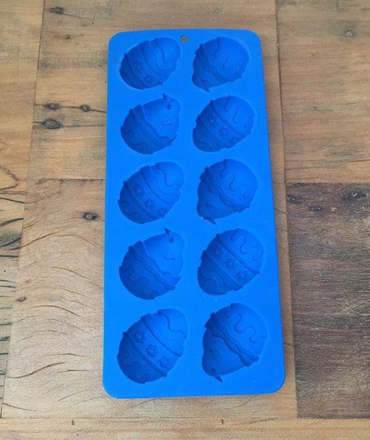 Forma de silicone mini-ovinhos  (Para 10 unidades)